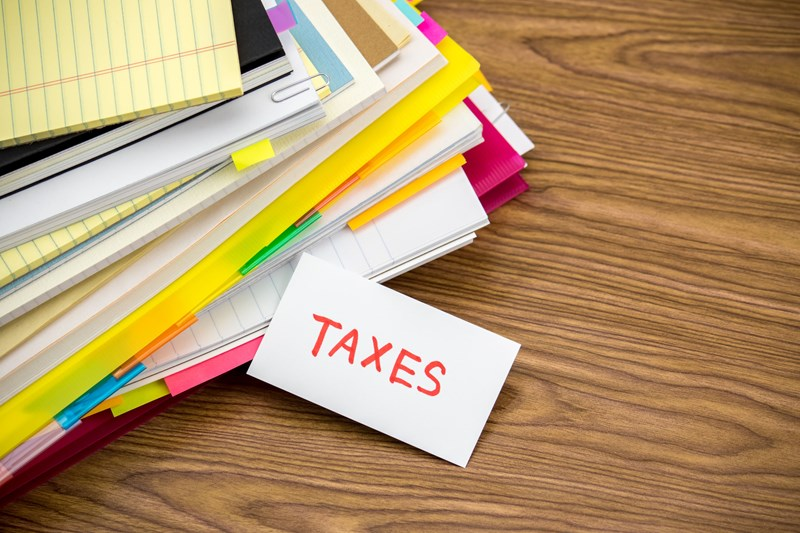 What are VAT records and how long should you keep them?